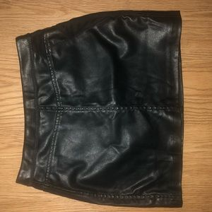 BLANK NYC LEATHER SKIRT SIZE 24